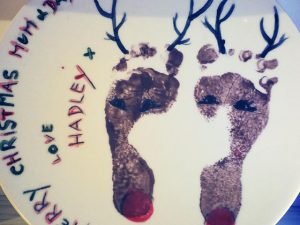 Paint a Plate - Christmas Pottery Painting in Devon
